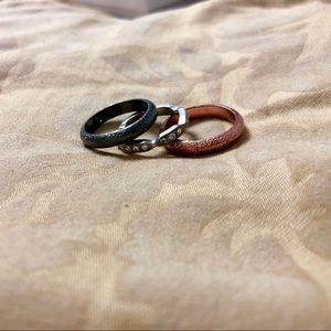 Jewelry - 3 stackable rings